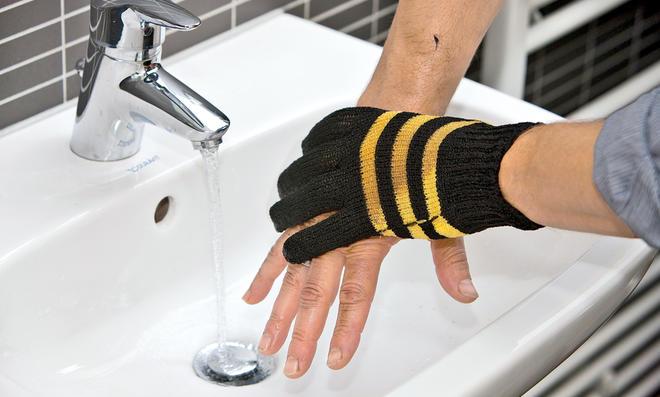 Wasch Handschuh von Ward Gartenbedarf   selbst.de