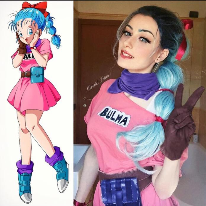 Cosplayer e Personagem - Bulma - Dragon Ball - Cosplay Feminino com Vestido rosa