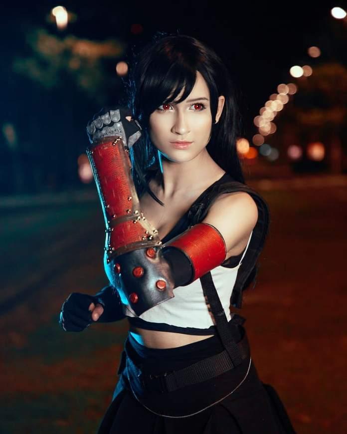 Cosplay da Tifa Lockhart - Final Fantasy VII Remake - RPG da Square-Enix 01