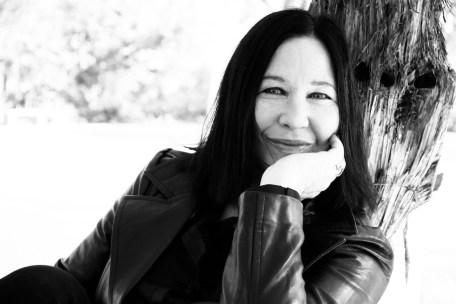 Kathy Valentine The Go Gos on Selective Memory