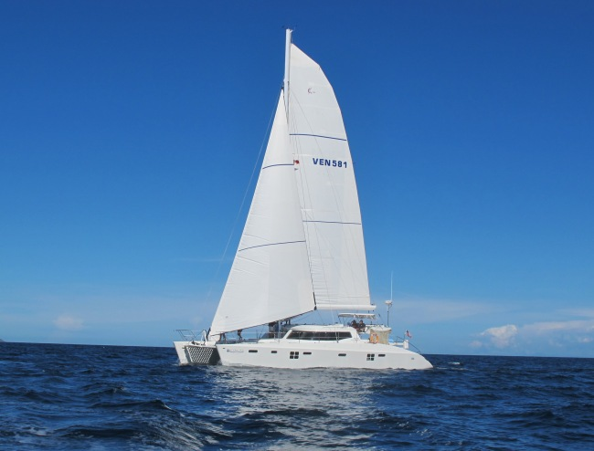 Ocean Jedi Luxury Charter Catamaran Luxury Sailing Yacht