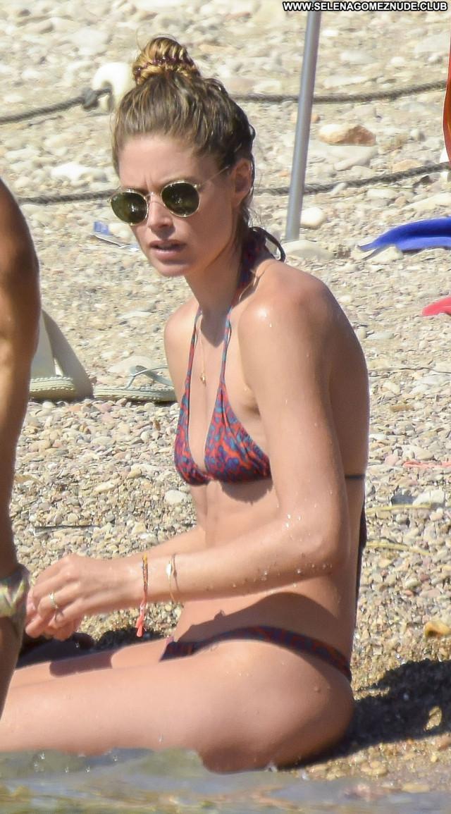 Natalie Jayne Roser No Source Babe See Thru Bus Bikini Celebrity