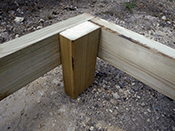 Raise the deck frame with timber blocks