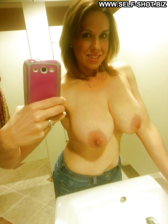 Luvinia Private Pictures Hot Self Shot Milf Selfie Mature Amateur