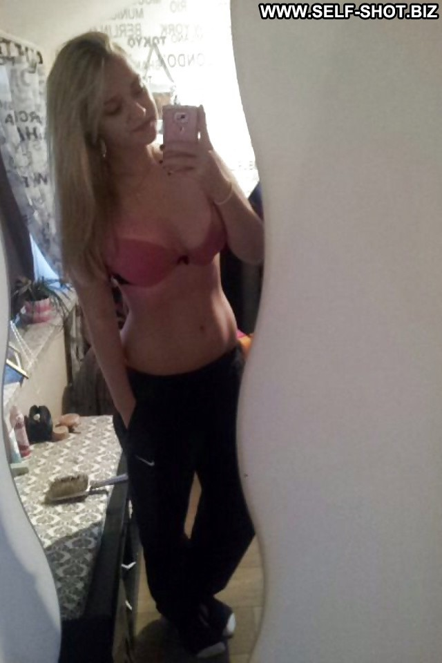 Eugenie Private Pictures Amateur Teen Hot Selfie Tits Self Shot