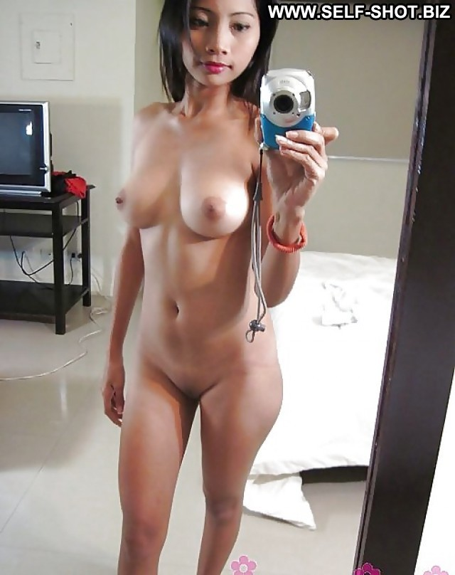 Chrissy Private Pictures Asian Milf Self Shot Selfie Amateur Crazy