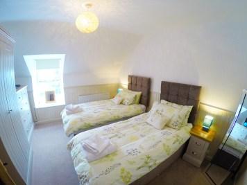 bedroom top left 1200
