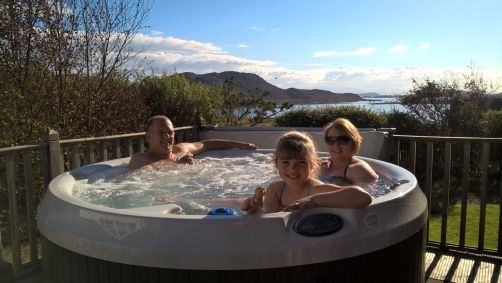 hot-tub-riches
