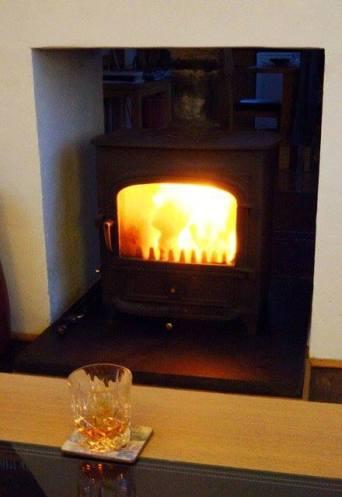 log-fire-whisky