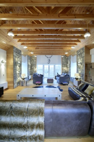 main-lounge-mountain-view-lodge