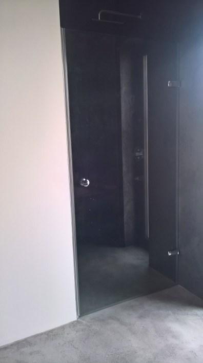 Namontované sprchové dveře