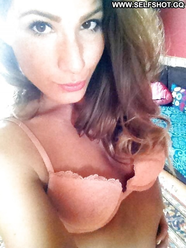 Ashleigh Private Pictures Amateur Self Shot Nipples Hot Flashing