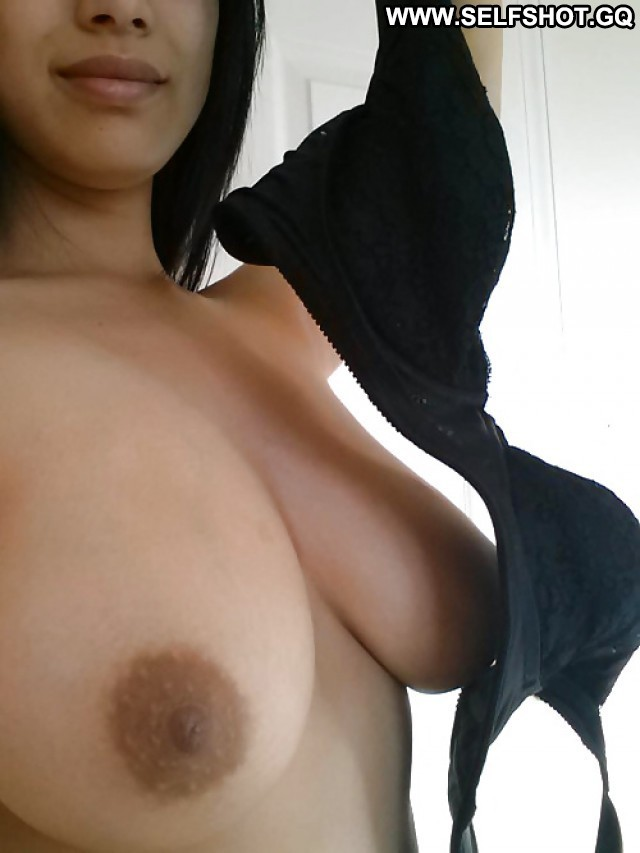 Karolyn Private Pictures Big Boobs Self Shot Amateur Hot Asian Boobs