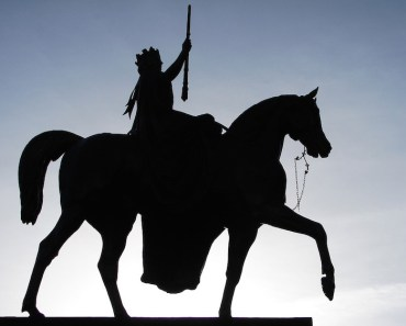 Statue Queen on Horse