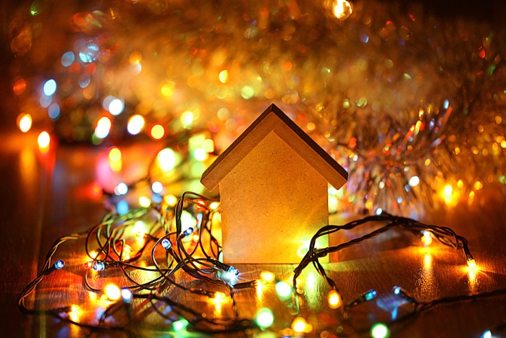 Decking Out Your Home For Christmas Sell House Fast