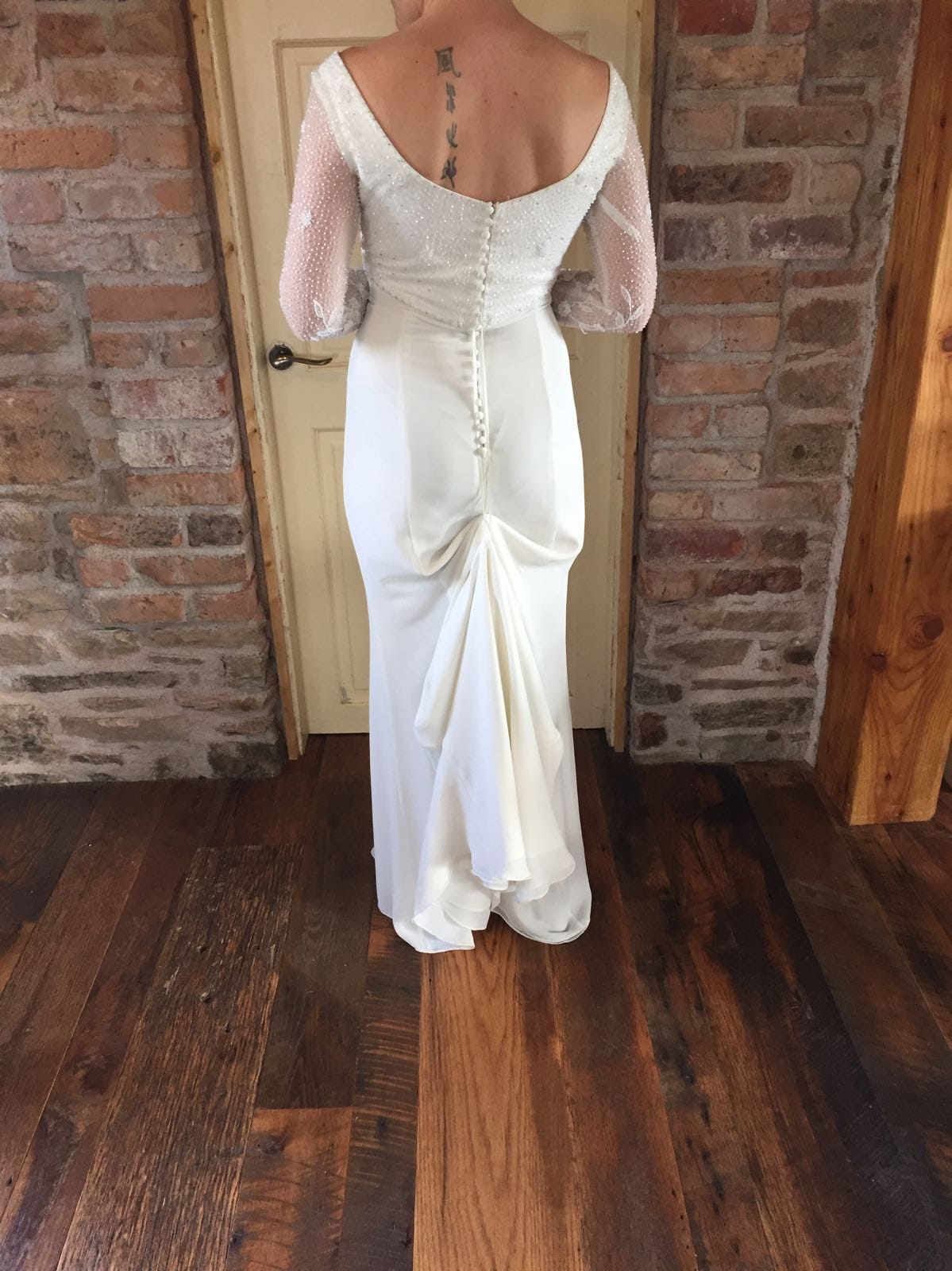 Vintage Long Sleeved Style Gown
