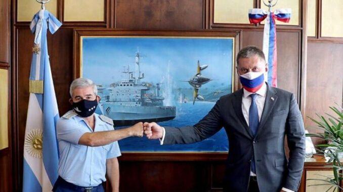 El Gobierno analiza comprar aviones de guerra supersónicos a Rusia