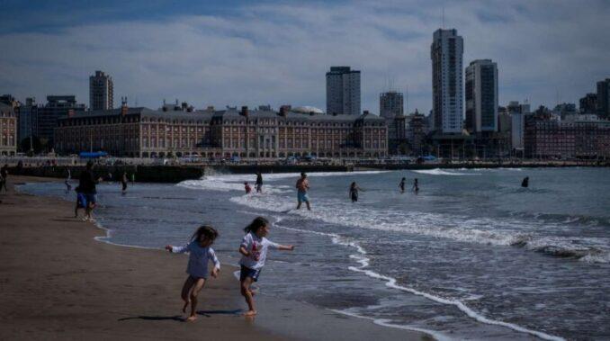 Vacaciones en la Costa Atlántica: Opciones de precios y alojamientos para este verano