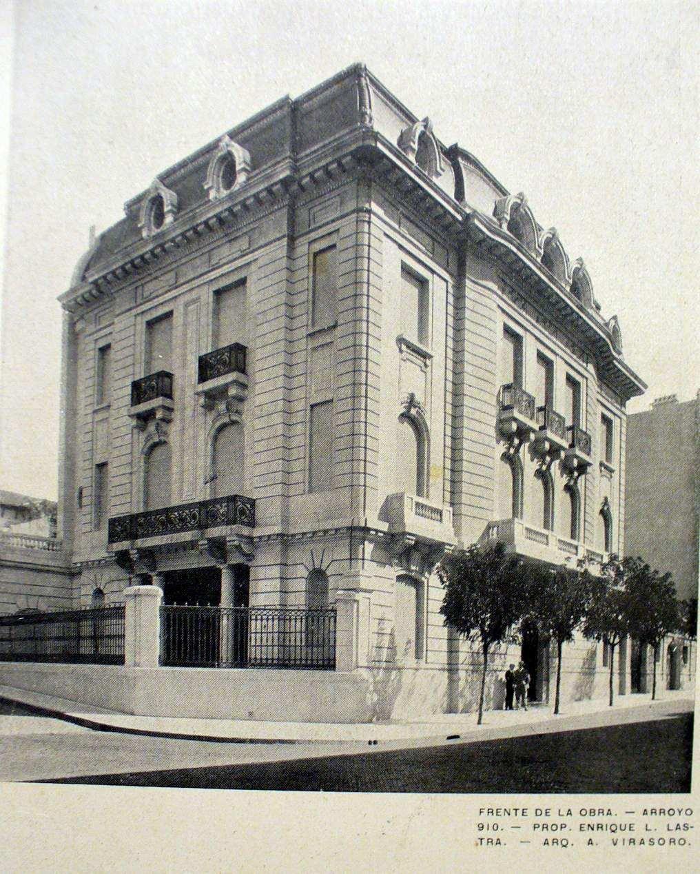 El edificio de la Embajada de Israel en la calle Arroyo, antes del atentado