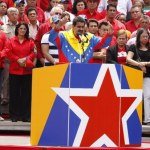 Nicolás Maduro inscribió su candidatura presidencial ante el CNE