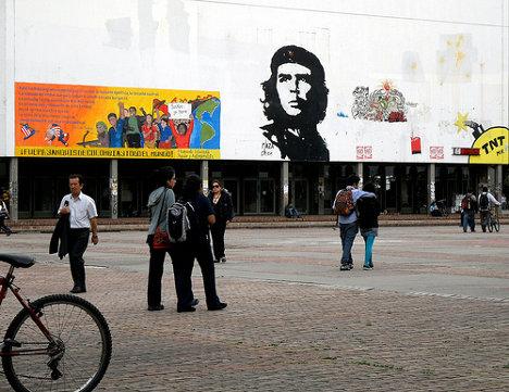 Plaza Che Universidad Nacional