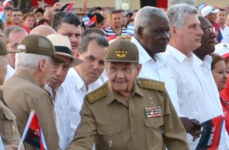 En Cuba se realizaron varios actos conmemorativos del 63 aniversario de la gesta del Cuartel Moncada. En La Habana, el acto central estuvo encabezado, por el presidente Raúl Castro. Foto Prensa Latina.