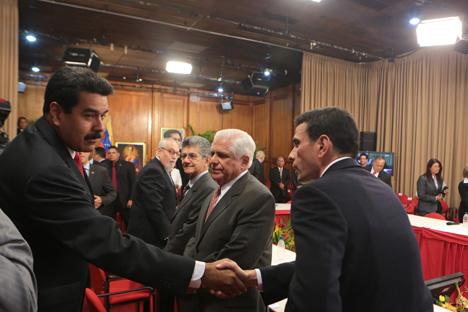 Aspecto de la reunión con la oposición, el pasado 3 de noviembre.