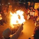 Jóvenes protestan contra Trump en Estados Unidos