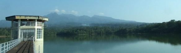 Objek Fotografi di Pati - Waduk Gunung Rowo Indah