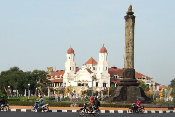 Tugu Semarang Kota