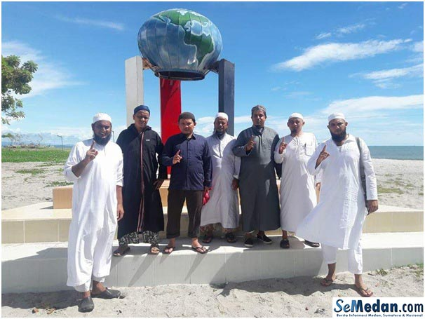 Tugu Nol Kilometer Islam di Barus Tapanuli Tengah