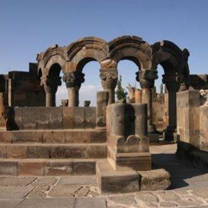 semestafakta-Zvartnots Ruins