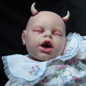 semestafakta-Devil Baby Doll