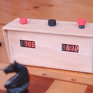 semestafakta-push-button Clock