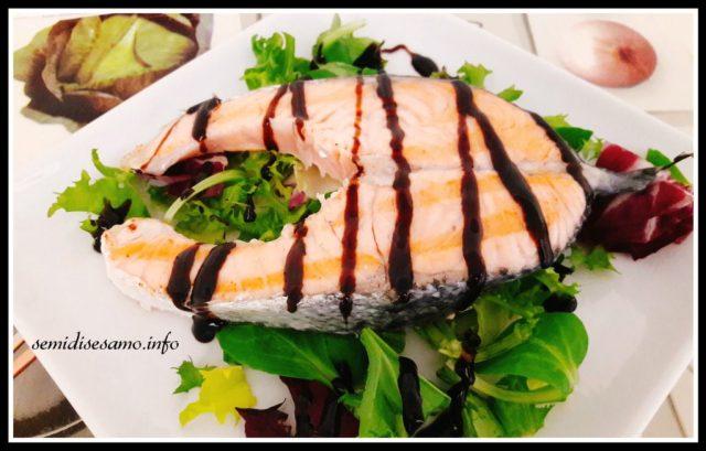 salmone scottato con glassa di aceto balsamico