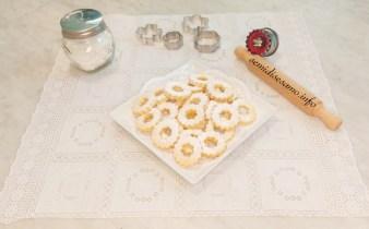 Canestrelli, biscotti friabili con tuorlo sodo 1