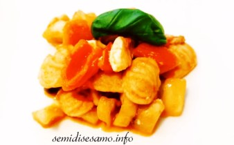 Pasta con pesce spada melanzane e pomodorini 1