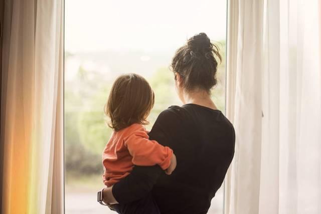 maman solo aide sociales