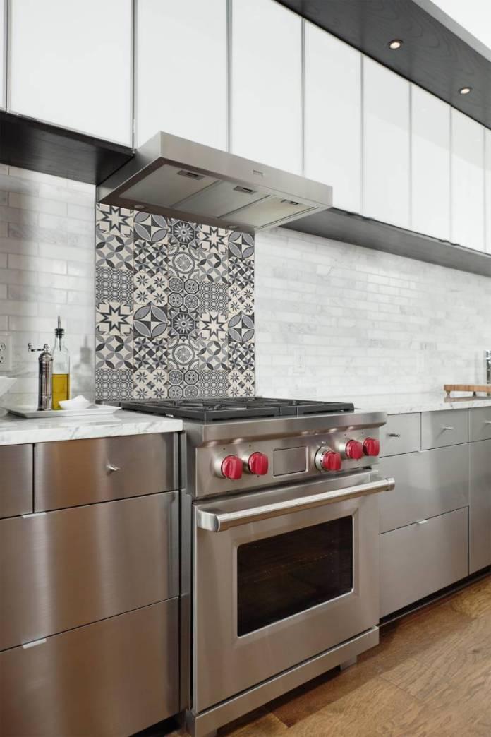 fond de hotte de cuisine carreaux de ciment gris