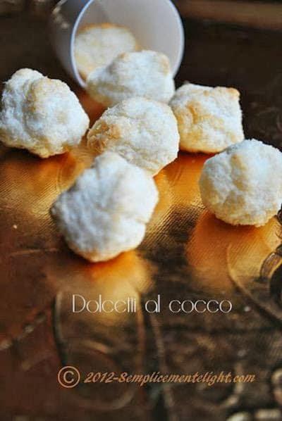 Dolcetti al cocco senza zucchero