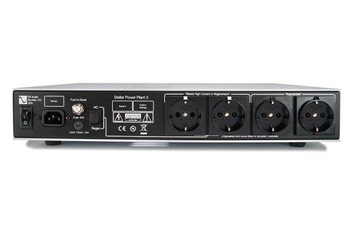 PS Audio Stellar Power Plant 3 04