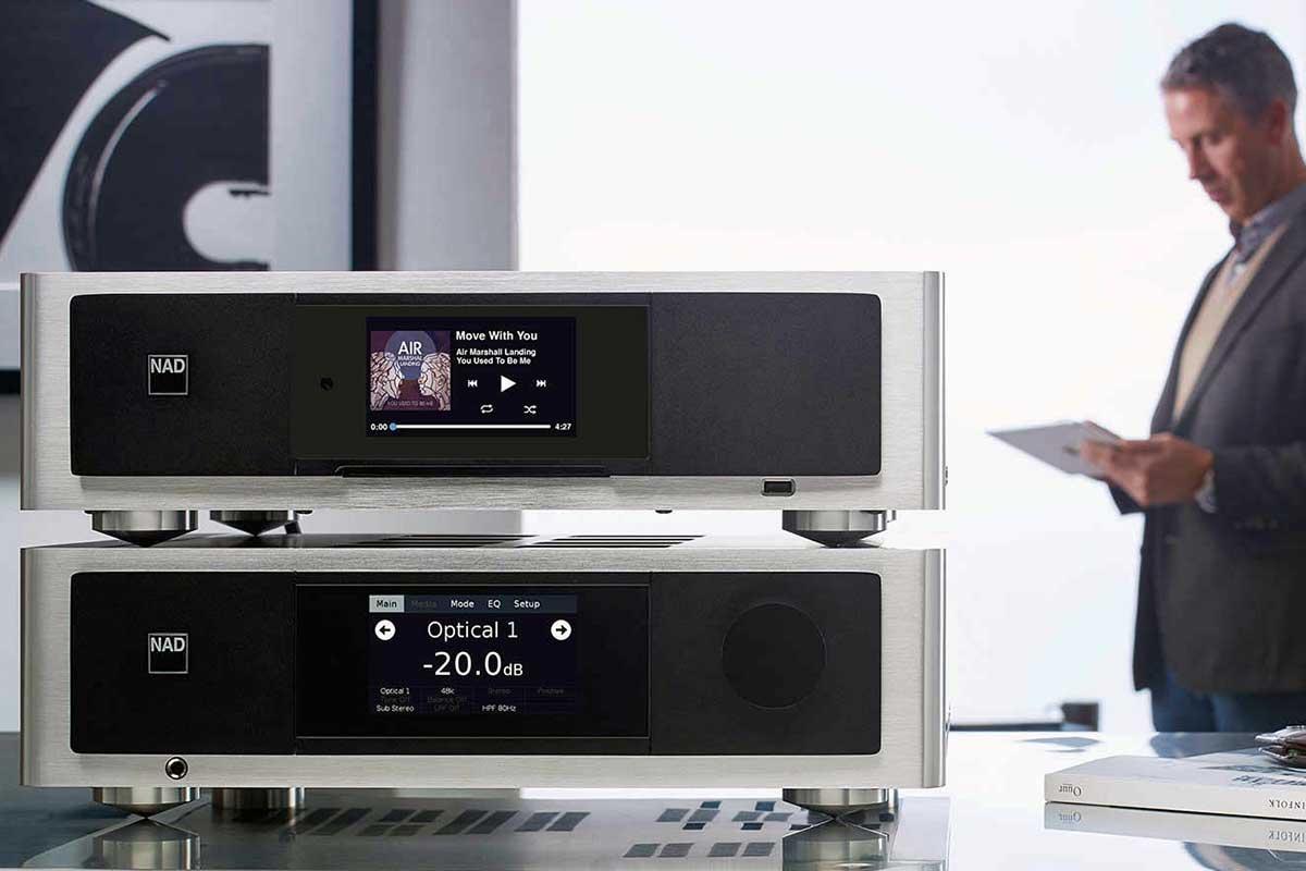 NAD Masters M33 BluOS Streaming DAC Amplifier und NAD T 778 AV Surround Sound Receiver Roon-ready