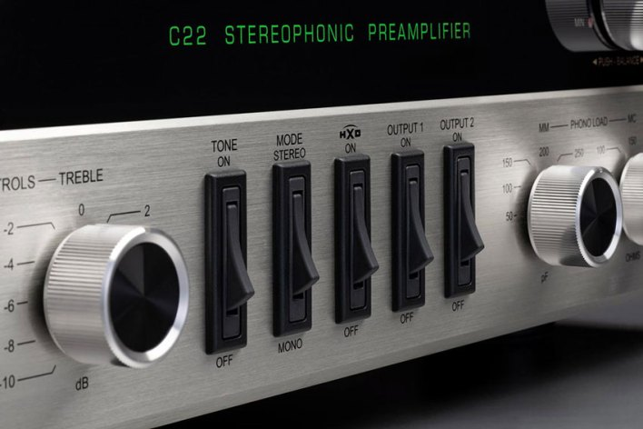 McIntosh C22 2 Channel Vacuum Tube Preamplifier Mk V 05