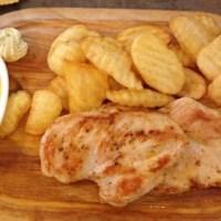 Gebratene Hühnerbrust mit pikanter Marillensauce