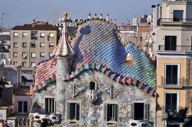 Casa-Batllo-most-iconic-places-in-Barcelona_m