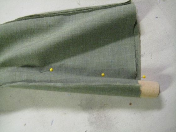 dowel rod supporting a seam