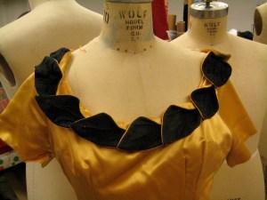 vintage neckline detail