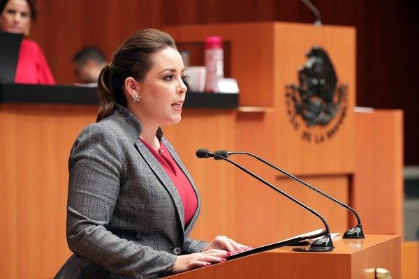 Senadora Verónica Martínez García