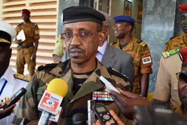 Le général Mamadou Sow n'est plus ambassadeur du Sénégal en Espagne. Il a été remplacé par Mariame Sy. Selon Le Témoin,