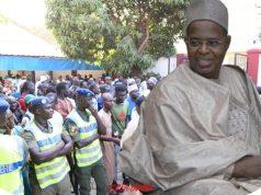 """Vidéo – La famille de Sidy Lamine : """"le premier deuil populaire de l'histoire du Sénégal"""" Après la visite du Chef de l'État pour présenter s"""